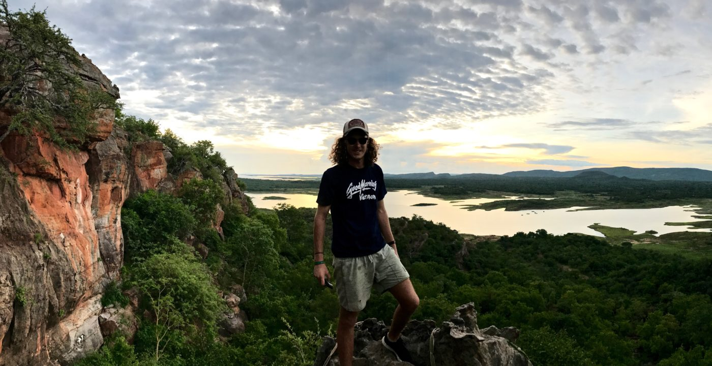 Lotri Bay - Rock Climbing