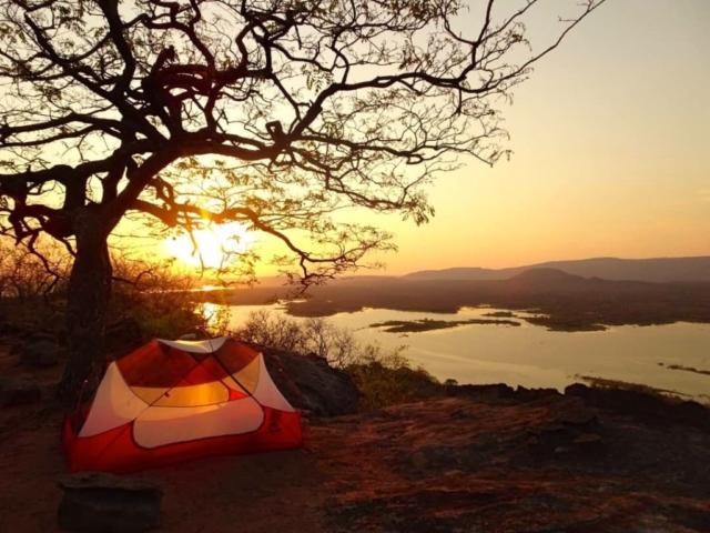 Lotri Bay, Lake Kariba, Zambia - Camping, Ridge View